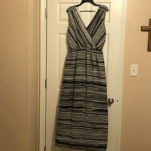NWT Apt 9 Maxi Dress; Size Medium